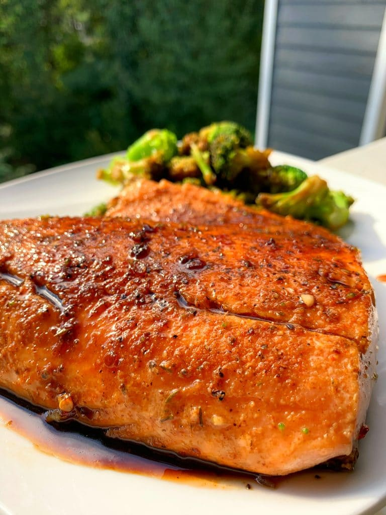 garlic honey soy glazed salmon