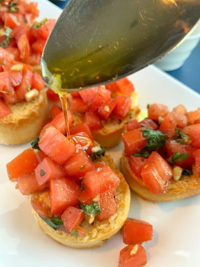 balsamic glazed bruschetta